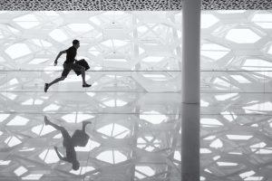 running-worker-pexels